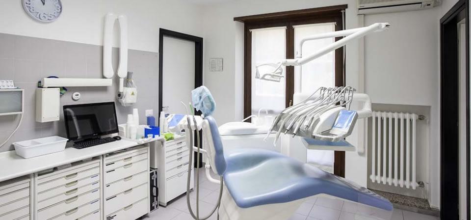 Lo studio Chiatellino Odontoiatra - slide 12
